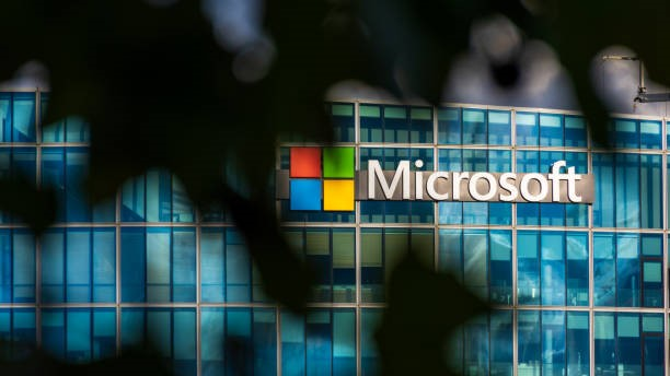 Microsoft issues patch for zero-day flaw in windows
